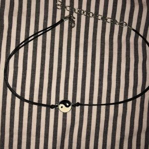Jewelry - yin yang choker necklace